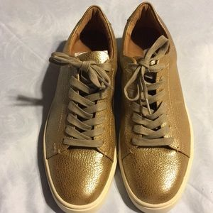 NWT Frye Ivy low lace gold sneakers 10